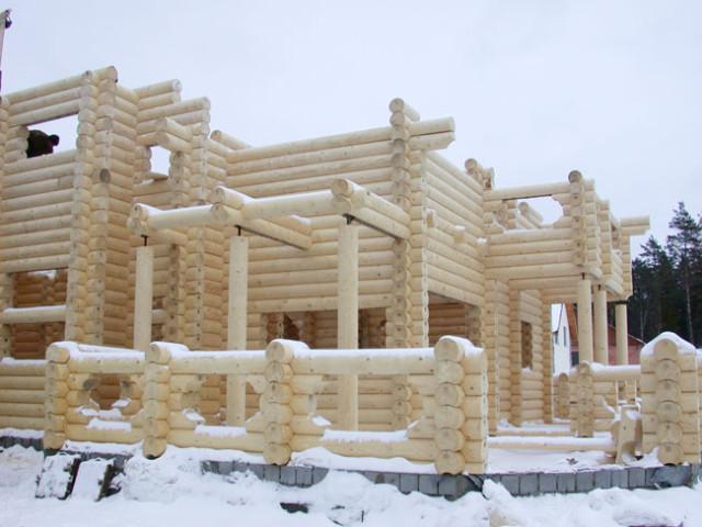 Стройка дома зимой