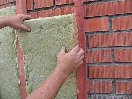 Несет ли минеральная вата вред для здоровья жильцов 1