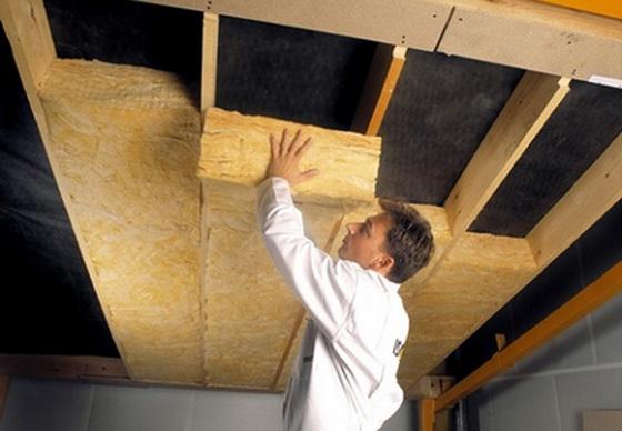 Минераловатная теплоизоляция для потолка дома - утепляем потолок минеральной ватой 1