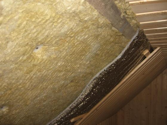 Минераловатная теплоизоляция для потолка дома - утепляем потолок минеральной ватой 3