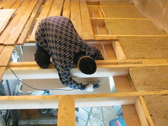 Утеплитель для потолка - какой лучше выбрать для утепления деревянного дома 1