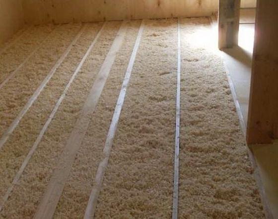 Утеплитель для потолка - какой лучше выбрать для утепления деревянного дома 4