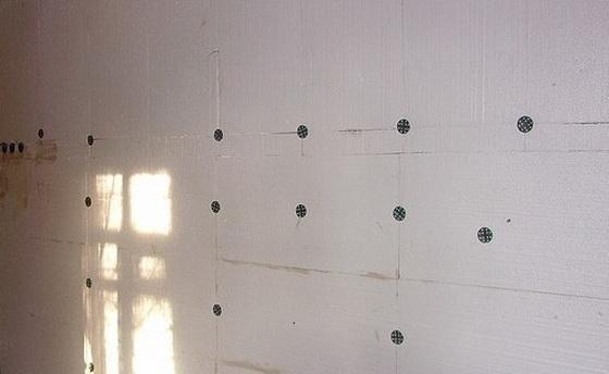 Утепление дома снаружи пенопластом - отзывы по утеплению стен из пеноблоков и керамзитобетонных блоков 4