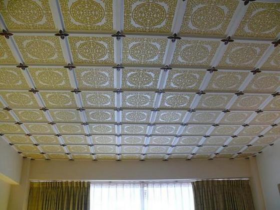 Плитка для потолка из пенопласта - правильная покраска потолочной плитки 3
