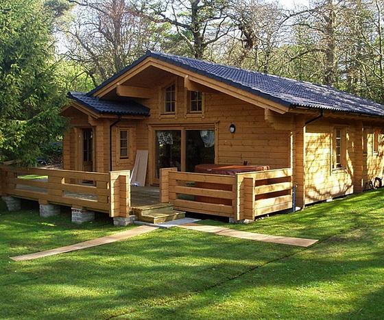 Деревянные дома - одноэтажные варианты и проекты домов 1