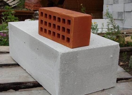 Плюсы и минусы газобетонных блоков для частного строительства 2