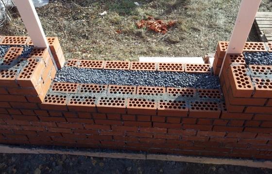 Натуральные утеплители для стен дома снаружи - керамзит и опилки 1